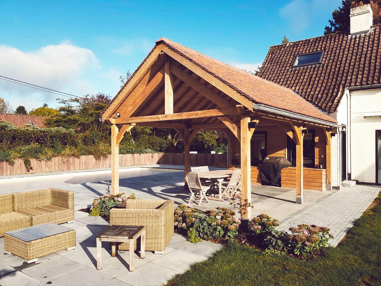 Poolhouse en chêne