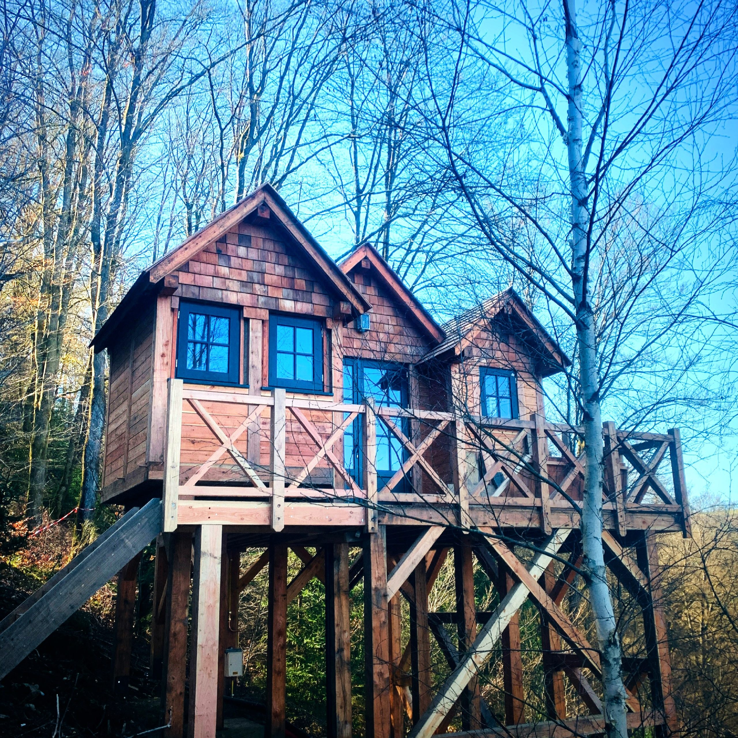 Tiny house extérieure en bois sur mesure