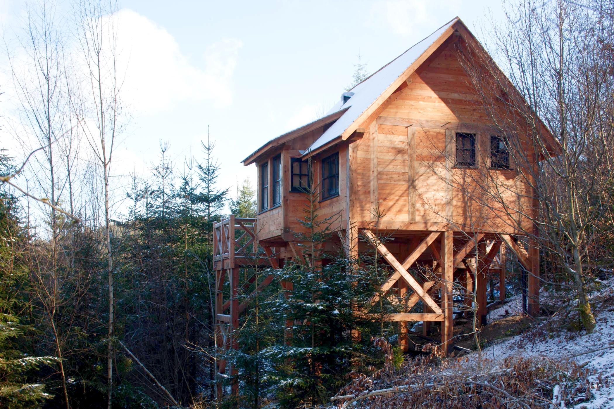 Chalet sur pilotis en bois sur mesure tiny house 2
