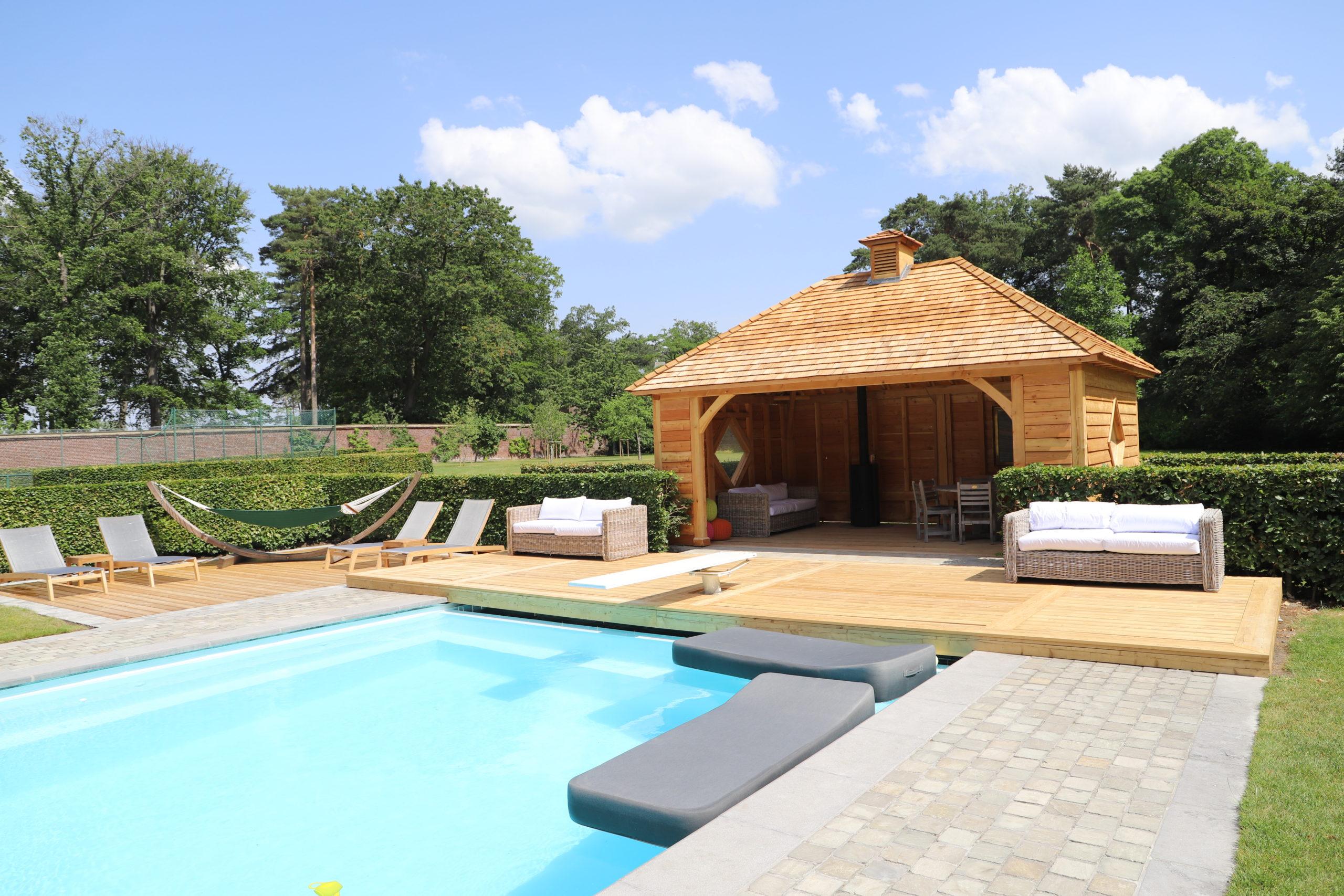 Pool house en bois sur mesure qualité