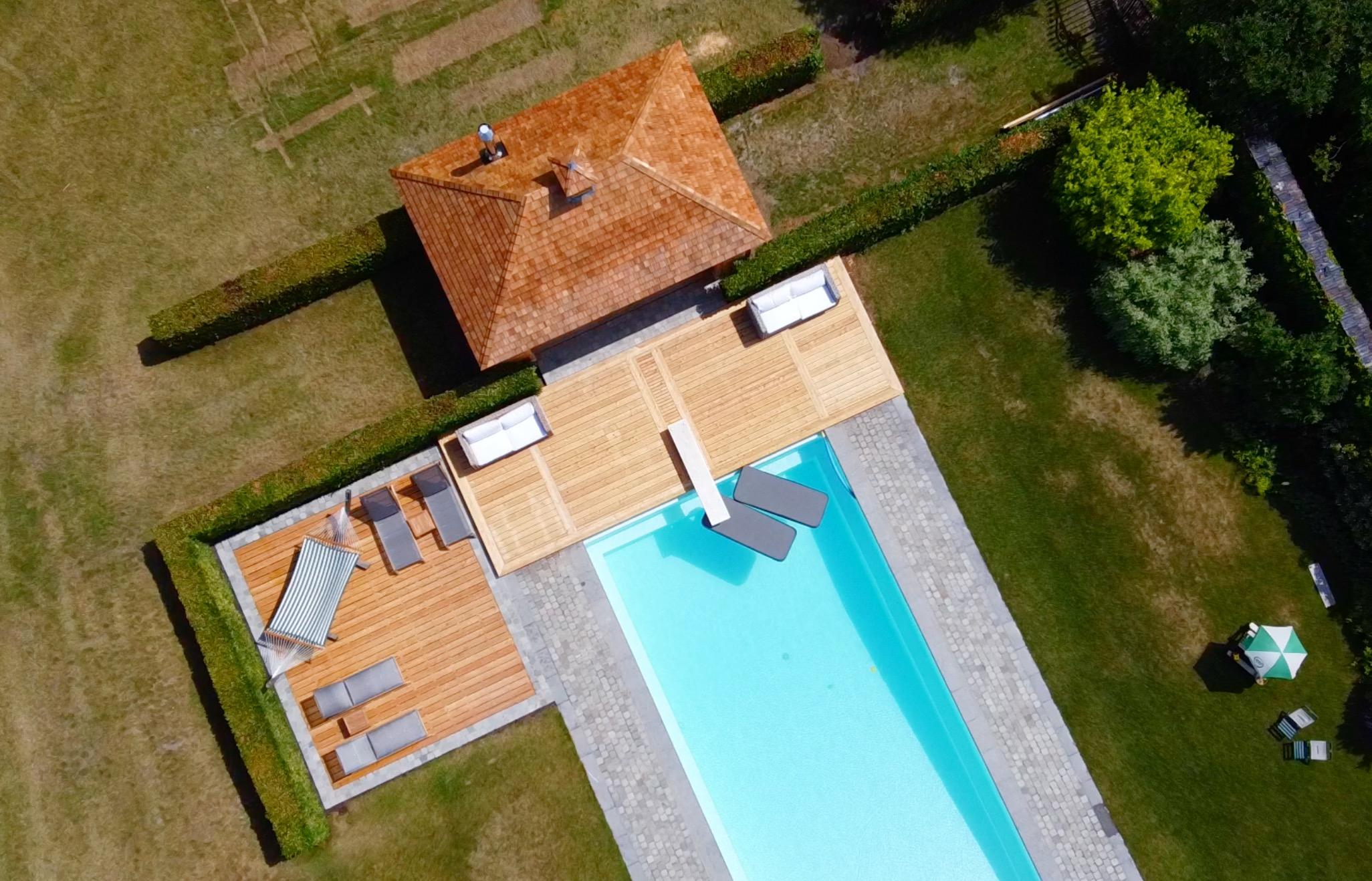 Pool house en bois sur mesure piscine